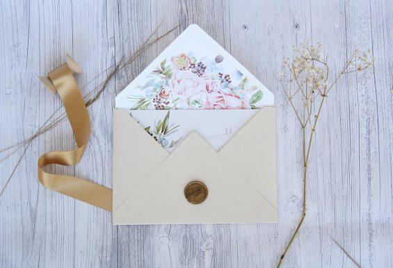Convite de Casamento personalizado, idealizado e produzido pela Ideia Genial, especialista em convites de casamento personalizados e datas especiais.