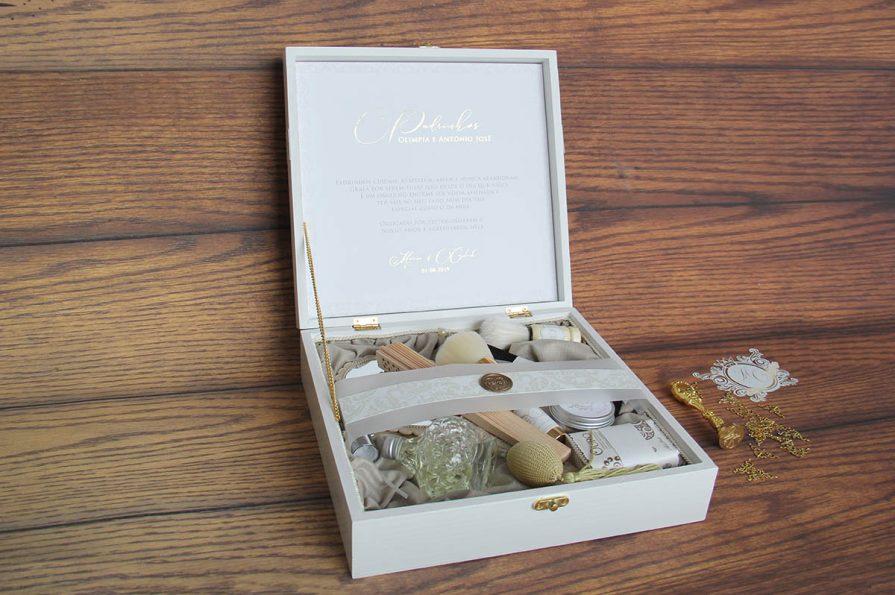 Caixa presente lembrança padrinhos de casamento -lembranças especiais
